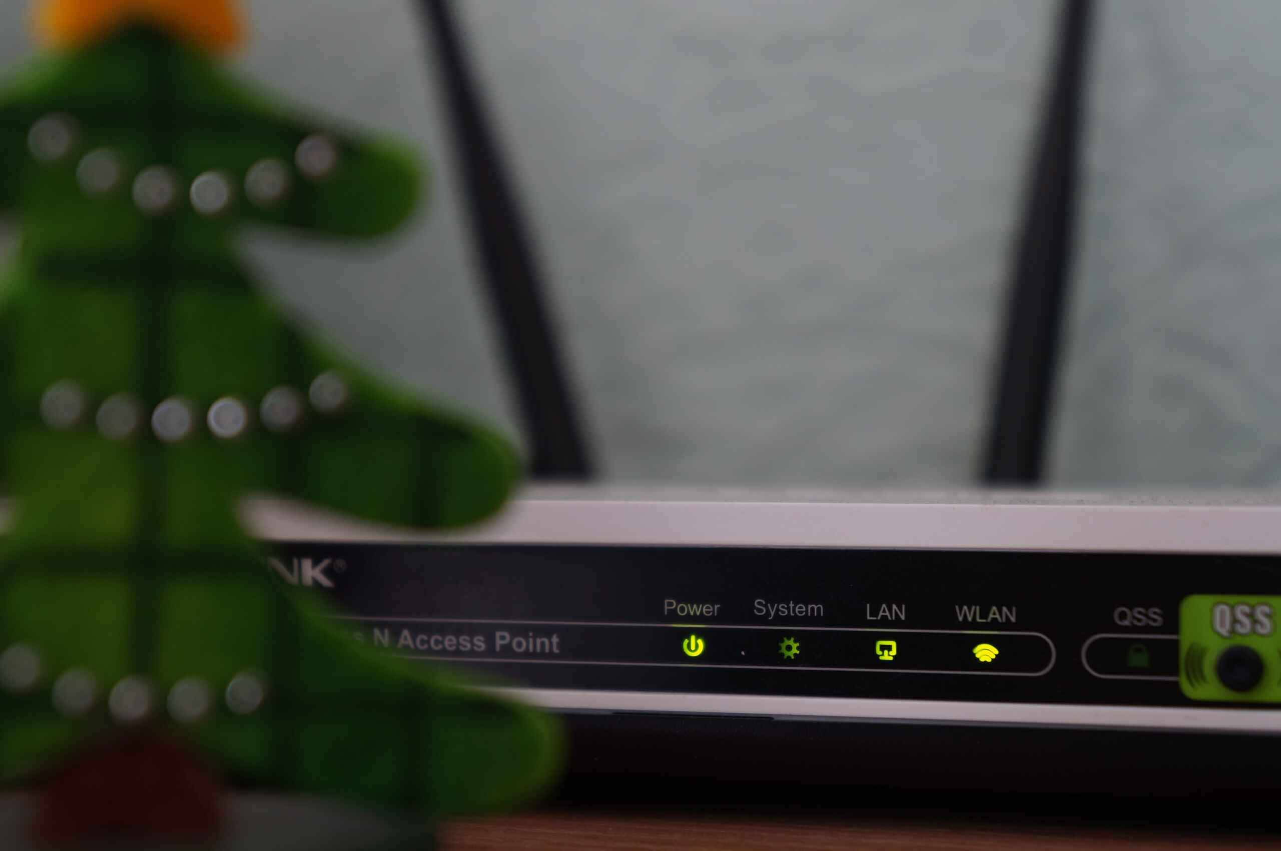7 Ways to Improve Your Wi-Fi Connection Speed